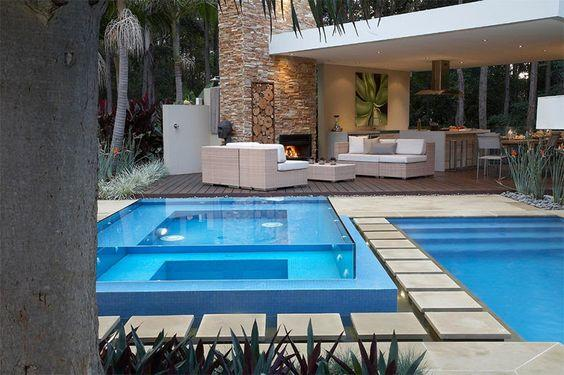 Cost of building acrylic swimming in nigeria
