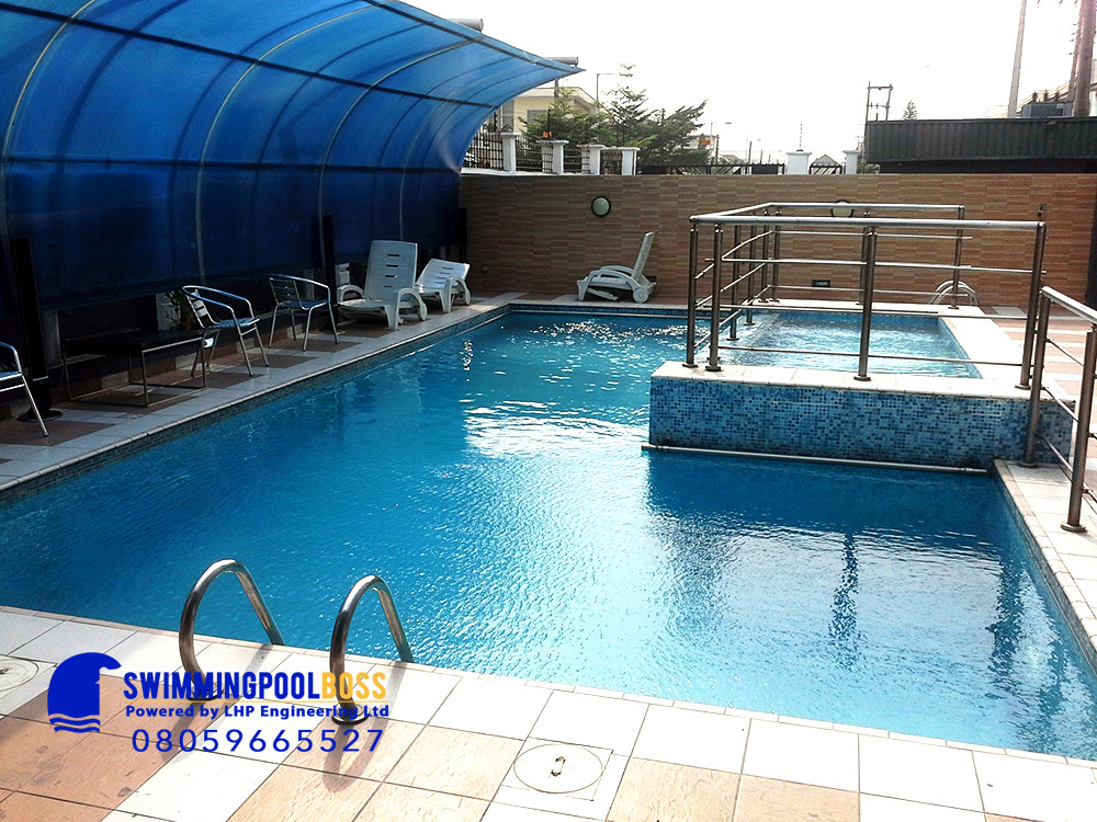 one time pool cleaning service